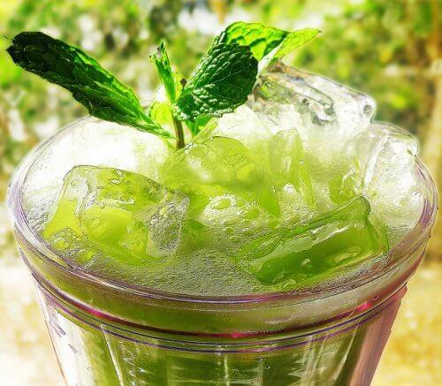 cucumber-mint-green-juice-chotda
