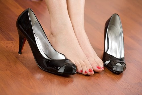 Eliminate Foot Pain with Simple Footwear Guidelines