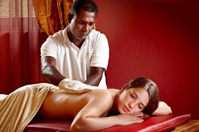 massage on the back