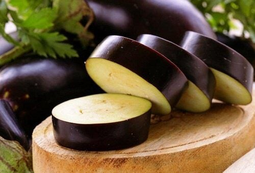 Eating Eggplant May Help You Lose Weight and Improve Digestion