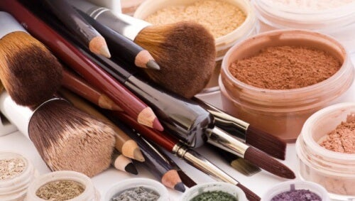 Beauty Products You Should Never Share