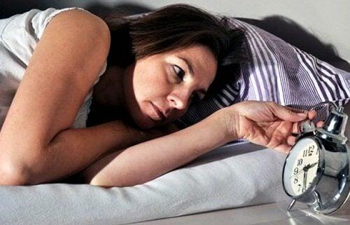 Kilpirauhasen häiriöt unettomuus