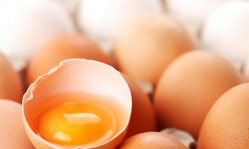 Kananmunan keltuainen ja hiustenlähtö