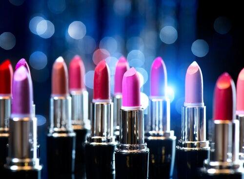 3 lipsticks