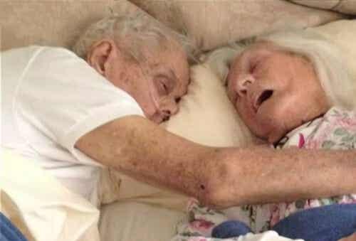 True Love: Couple Married 75 Years Die Same Day