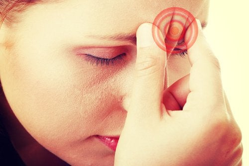 Migraines in Women: Causes and Treatment