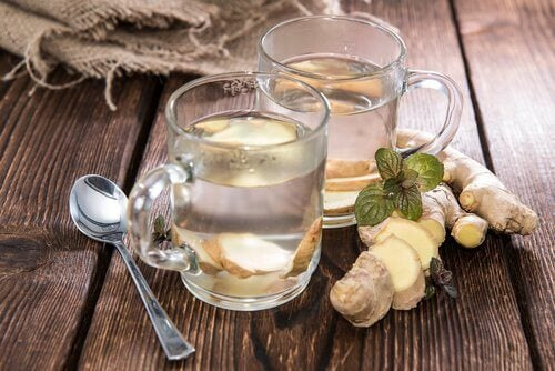 Ginger tea can help soothe a sore throat