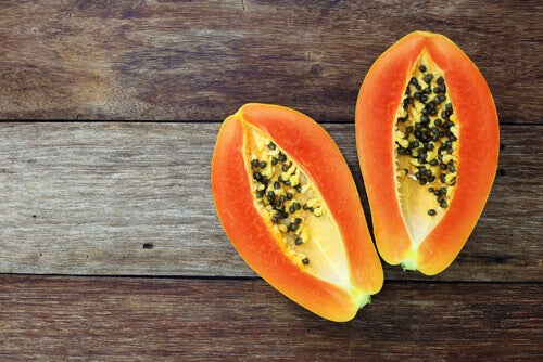 Papaya for Crohn's disease treatment