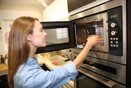 Watch Out! These 7 Foods Should Never be Reheated