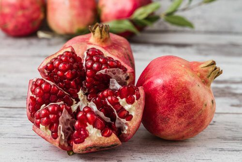 10 Cancer Fighting Foods You Should Start Eating Today