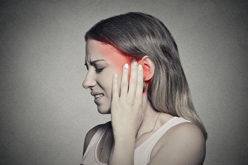 What's Causing that Ringing in Your Ears? Treat it Naturally!