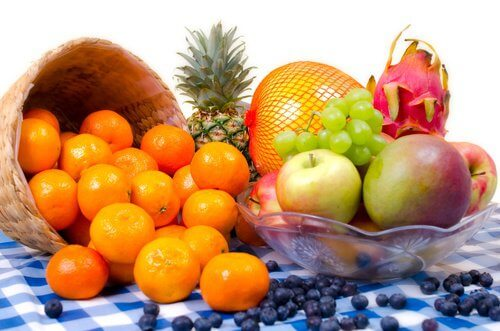 3 fresh fruit