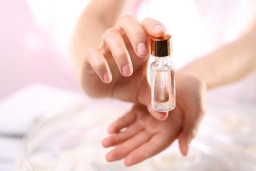 4 rosemary oil