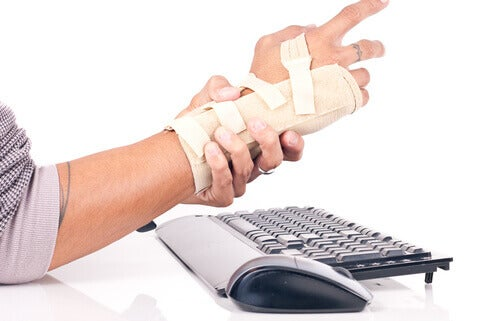 Prevent carpal tunnel syndrome so you don't have to get a surgery.