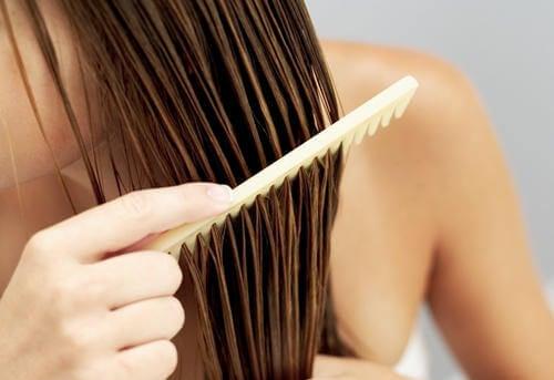 Detangle long hair