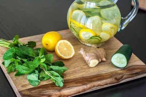 Detox and Cleansing Diet with Lemon, Ginger, and Cucumber