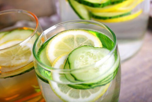 Cucumber Water for Detox, Fluid Retention and Weight Loss