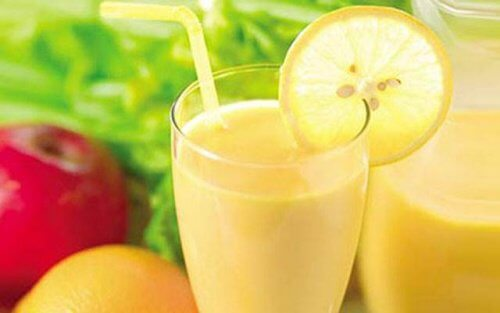 Weight Loss Smoothie with Apple, Lemon, and Grapefruit