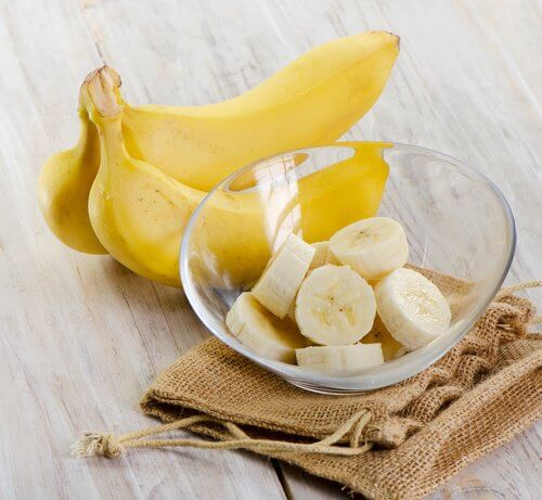 Banana slices in a bowl