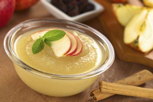 4 applesauce