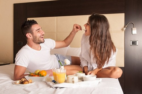 10 Things Healthy Couples Do Together
