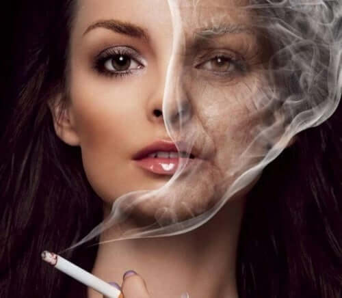 A woman smoking and getting wrinkles.