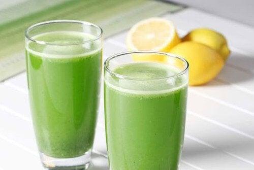 parsley and lemon beverage