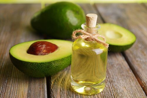 Natural Oils that Promote Hair Regrowth