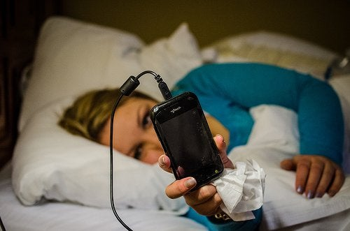 4 cell phone in bed