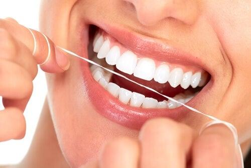 Hammaslanka ja hampaat