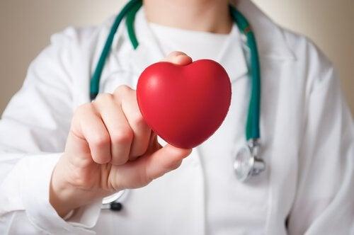 심혈 관계 질환의 위험성을 낮춰준다