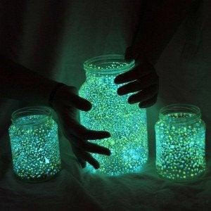10 lighted jars