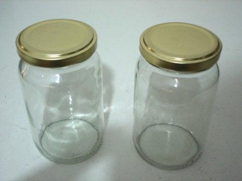 3 empty jars