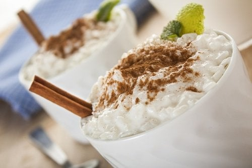 When you eat rice pudding, you should put cinnamon on it for taste