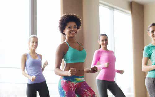 3 Kinds of Dance To Shape Your Legs, Glutes, and Waist