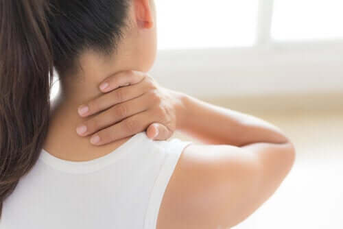 Neck Pain? These 6 Factors Could Be Causing It