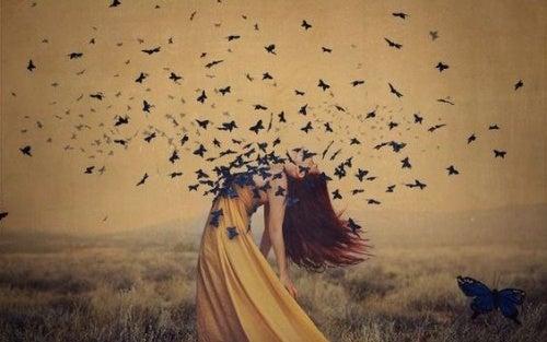 woman-butterflies
