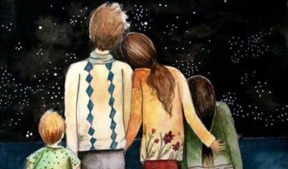 Perhe katselee tähtitaivasta