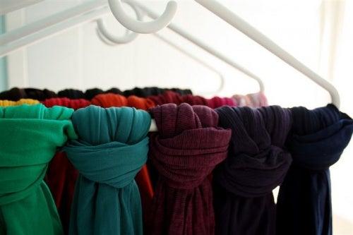 6 scarves