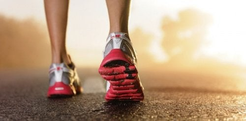 Advice for selecting appropriate tennis shoes