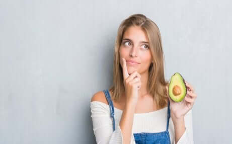Avocado treatment for younger looking skin.