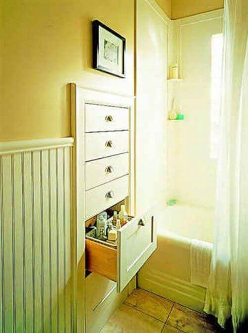 Tips to save bathroom space with built-in drawers