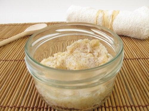 moisturizing exfoliant