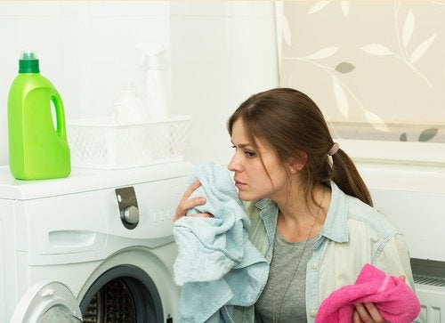 Woman who doent't know the danger of using fabric softener