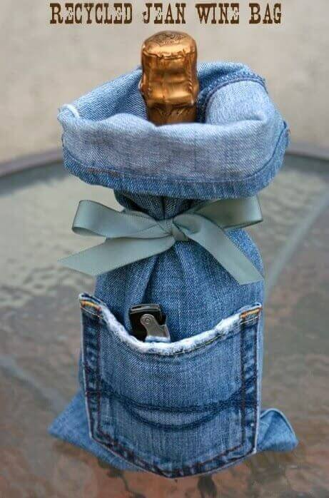 A wine cover made from old jeans.