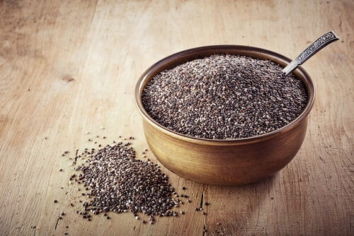 Chia seeds for a chia seeds and oatmeal recipe