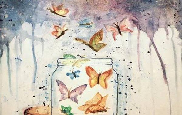 Perhoset lasipurkissa