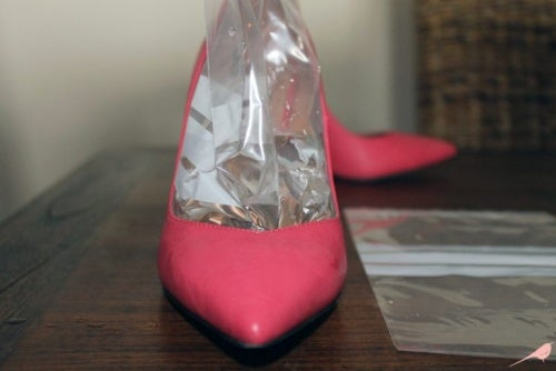 using an ice bag to keep your shoes from hurting
