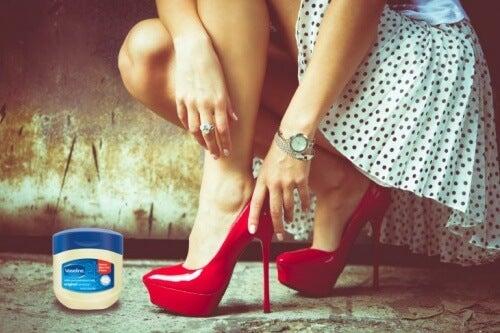 shoe vaseline