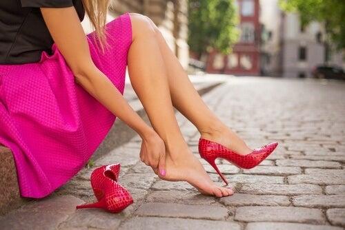 12 Fabulous Tricks So Your Shoes Won't Hurt